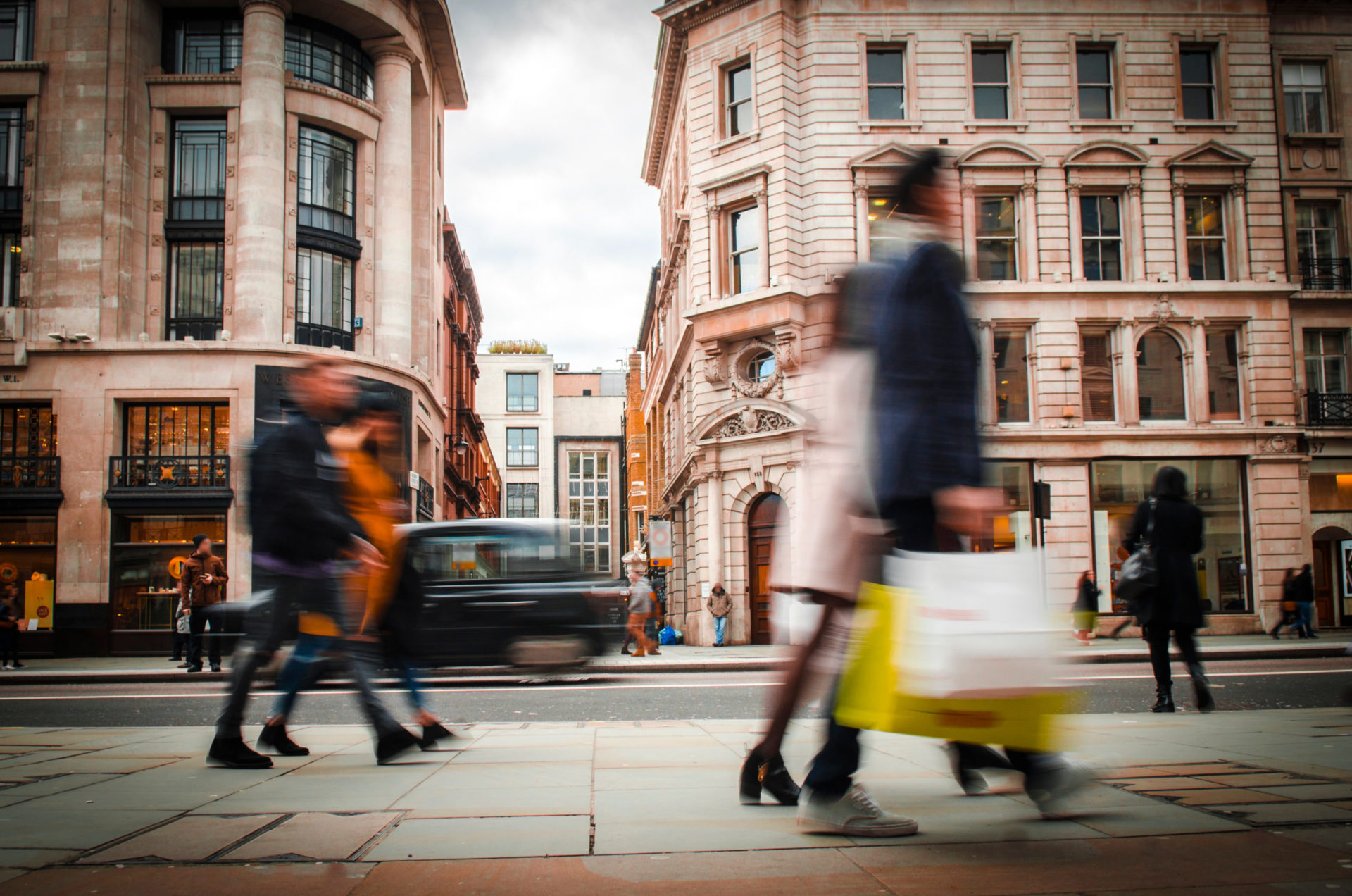 The top five ways to build retail customer loyalty with Salesforce